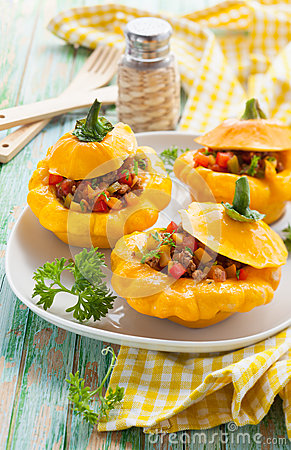 Free Stuffed Pattypan Squash Stock Photography - 26269922
