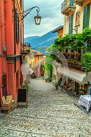 Free Stunning Scenic Street With Colorful Houses And Flowers In Bellagio Stock Photos - 112985463