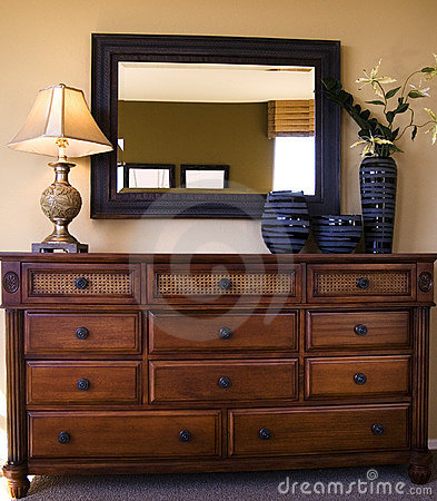 Styiish bedroom furniture arrangement