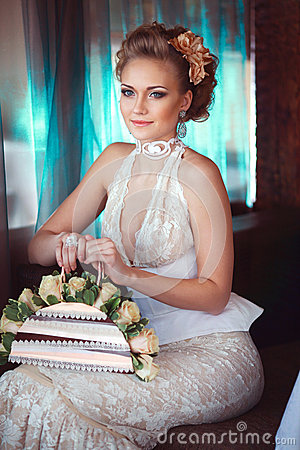 Stylish bride with roses