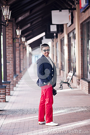 Free Stylish Man On Walk Stock Image - 42332601