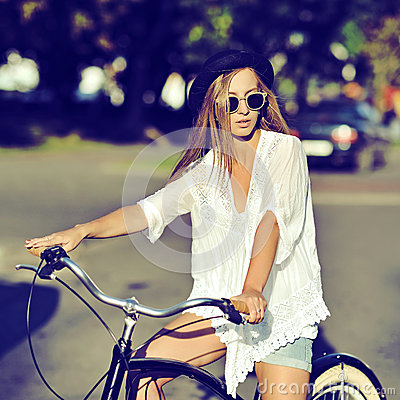Free Stylish Young Hipster Woman On A Retro Bicycle. Outdoor Fashion Stock Images - 48961024