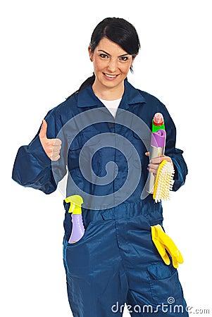 Succesvolle schoonmakende arbeidersvrouw