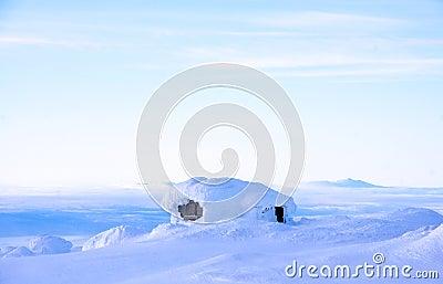 Sueco Winterhouse com uma vista