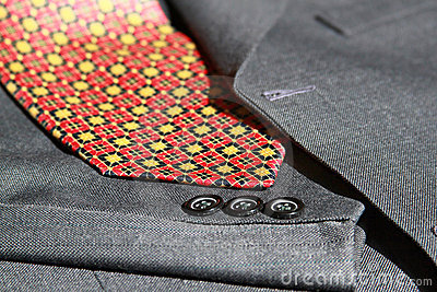 Suit details and tie