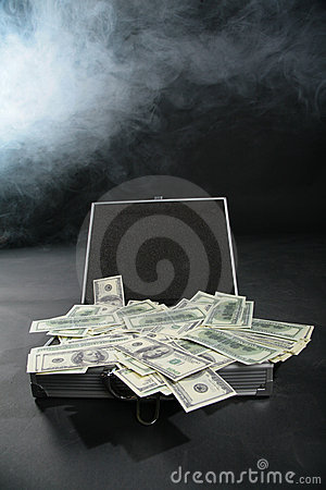 Free Suitcase With Dollars Against Smoke Stock Photos - 6580053