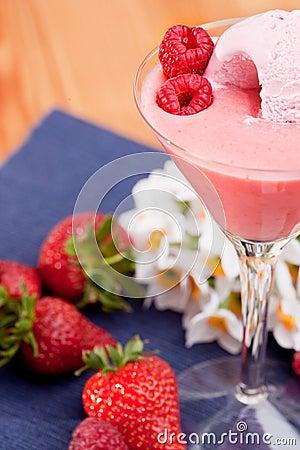 Summer Berry Ice Cream Smoothie