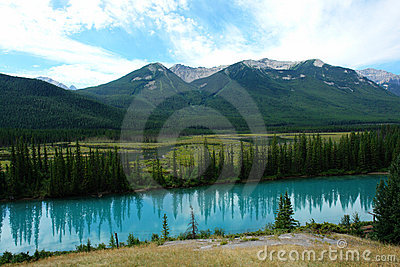 Summer bow valley
