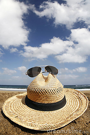Free Summer Hat Royalty Free Stock Photos - 2377458