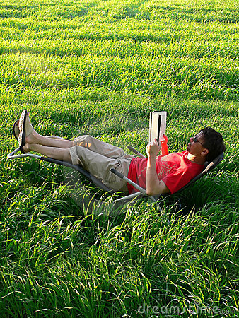 Summer Reading on the Lawn