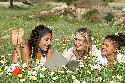 summer Reading  outdoors