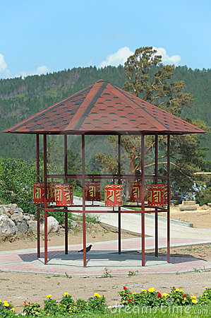 Summerhouse with praying drums