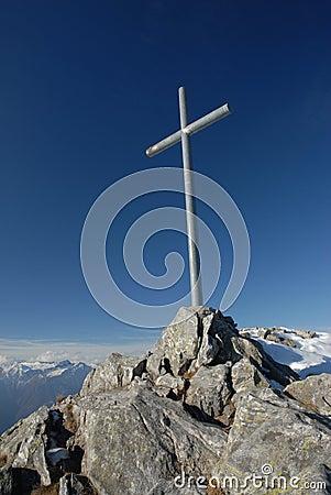 Free Summit Cross Royalty Free Stock Image - 1756996