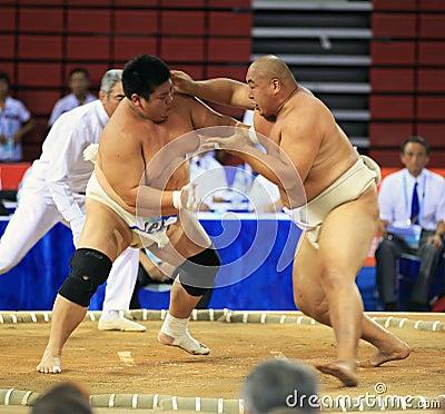 πάλη sumo ενέργειας Εκδοτική εικόνα