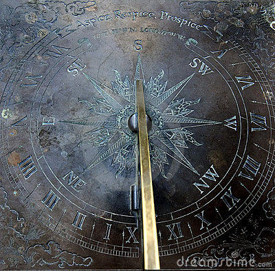 Free Sun Clock (sun Dial) Royalty Free Stock Photo - 234805
