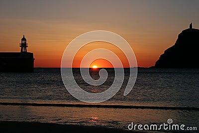 Sun faling into the ocean