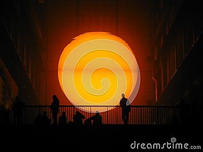 Sun a placé au Tate Modern Photo éditorial