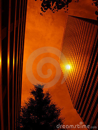 Sun-reflection from up-stairs building
