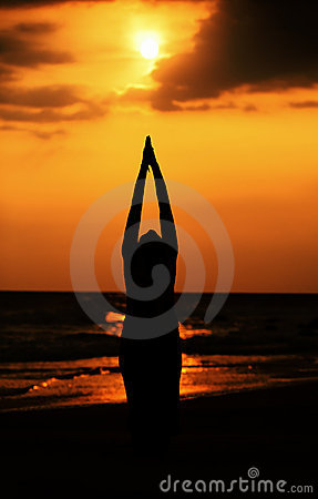 Free Sun Salutation Royalty Free Stock Photography - 14050077