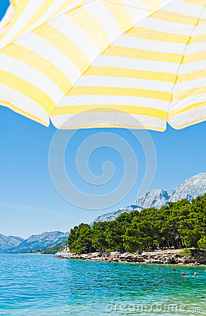 Sun umbrella on Beach