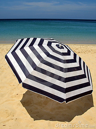 Beach Umbrellas Australia, Portable Beach and Shade Umbrellas