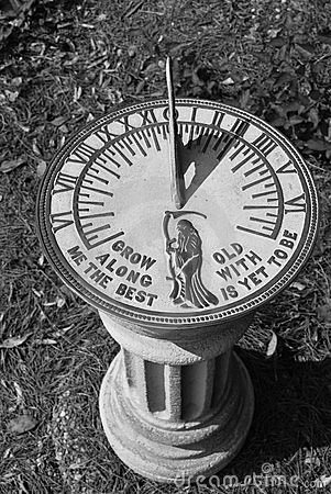 Free Sundial Royalty Free Stock Photography - 10865467