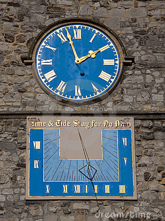 Sundial and clock