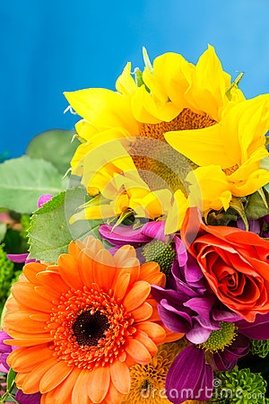 Free Sunflower And Gerbera Florist Flowers, Close Up Detail. Royalty Free Stock Photo - 92600915