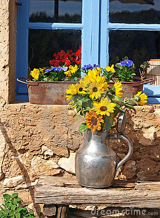 Free Sunflowers In Provence Royalty Free Stock Photos - 14743358