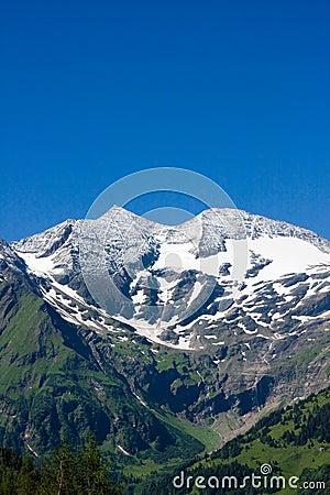 Sunny day in Alps