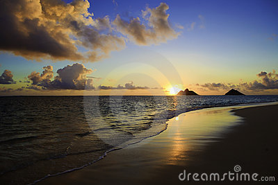 Sunrise at lanikai beach