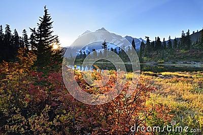 Sunrise at Mt Shuksan