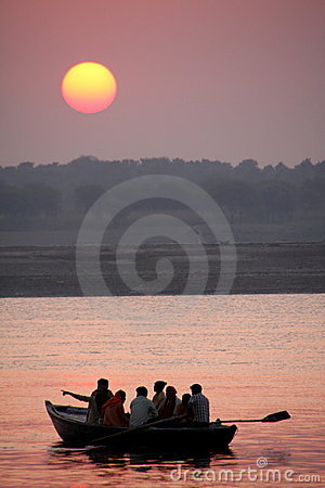 Free Sunrise Over The River Royalty Free Stock Image - 11739406