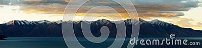 Sunrise in Qinghai-Tibet Plateau