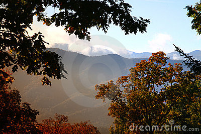 Sunrise in the smokey mountain
