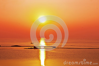 Sunrise sunset ocean