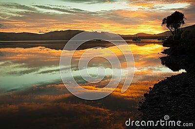 Sunrise, Waikawa bay