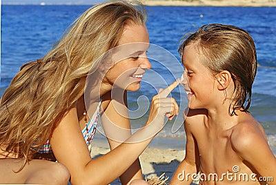 sunscreen care, sun protection