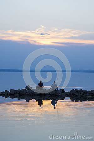 Free Sunset Fishing Royalty Free Stock Photography - 75806887