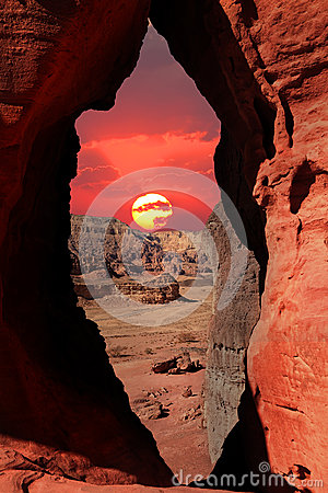 Free Sunset In The Stone Desert Stock Images - 25461424
