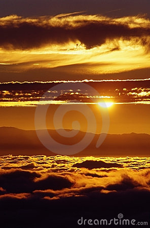 Free Sunset On A Sea Of Clouds Stock Photo - 5606400
