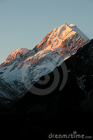 Free Sunset On Mt Cook Stock Images - 1403884
