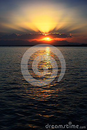 Free Sunset On The Red Sea In Egypt, Vertical Royalty Free Stock Photo - 85105885