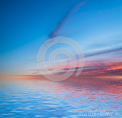 Free Sunset Reflected In Water. Royalty Free Stock Images - 41268089
