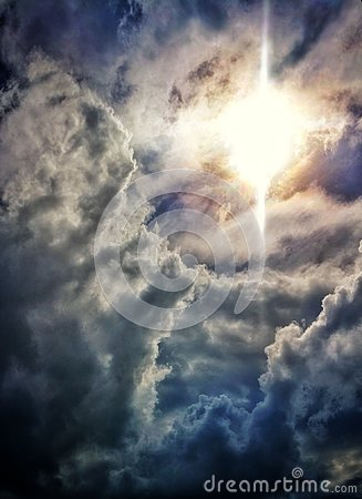 Free Sunshine And Clouds Royalty Free Stock Photos - 104371468