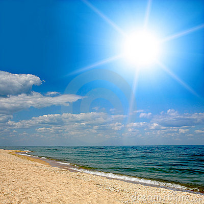 Free Sunshine Over Sea Stock Images - 8015714