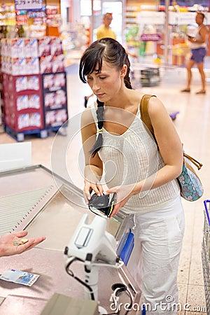Supermarket pay