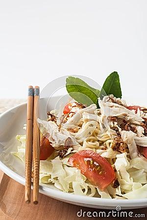 suppen-indonesien-küche der huhnnudel würzige stockbilder - bild ... - Indonesien Küche