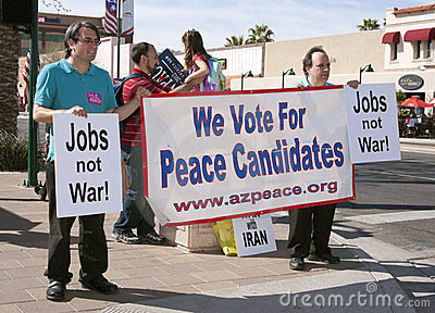 Supporters and demonstrators at GOP Debate Editorial Image