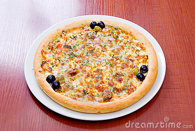 Supreme Pizza with pepper